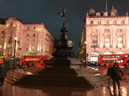 piccadilly-night